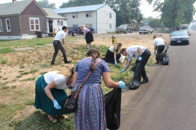 2015-8-22 District Service Project (6)