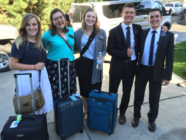 2016-8-16 Arriving Group (109)
