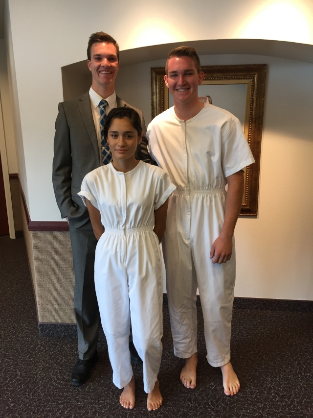 2016-8-27 Baptism of Jesica Mendoza, Zillah (17)