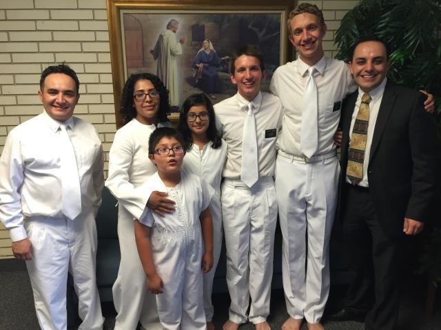 2016-8-28 Baptism of Deise, Adrian, Paola Telles, Selah (31).JPG