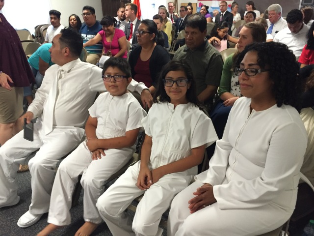 2016-8-28 Baptism of Deise, Adrian, Paola Telles, Selah (35)
