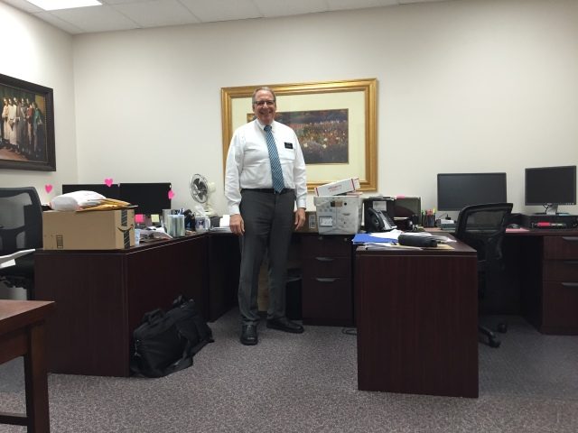 2016-9-12-monday-office-34
