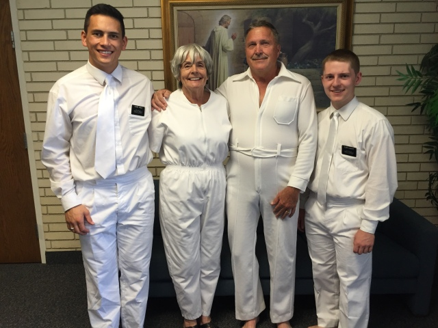 2016-9-24-dahlberg-baptism-selah-13