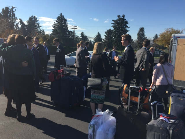 2016-11-9-arrivals-transfer-site-yakima-96