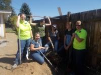 2016-10-11-yakima-missionaries-serve-17