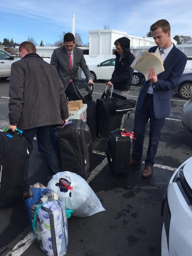 2017-2-1-arrivals-trainers-orientation-transfer-site-126
