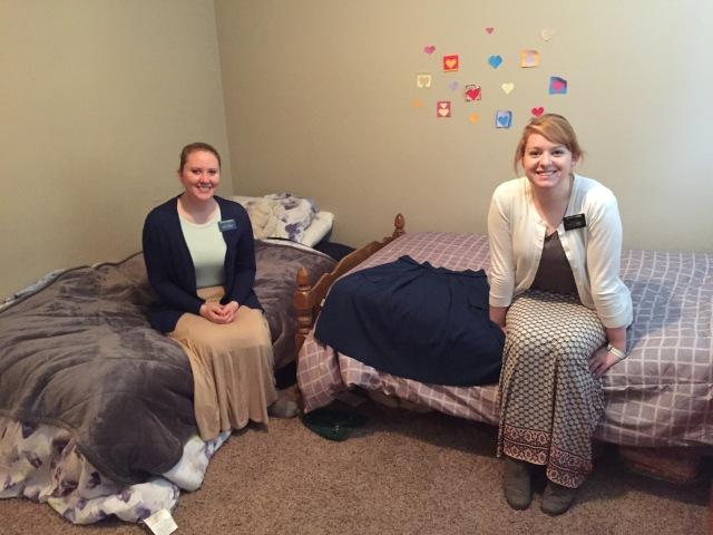 2017-2-18-yak-sisters-apartment-12