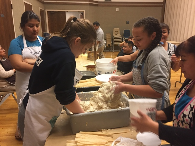 2017-3-11 Terrace Heights YW Tamale Making (15)