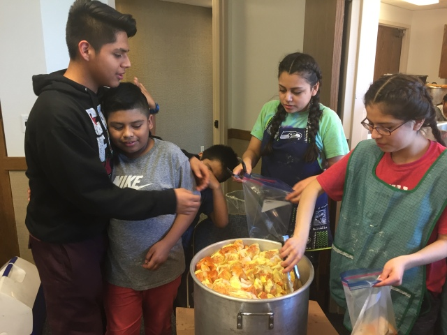 2017-3-11 Terrace Heights YW Tamale Making (37)