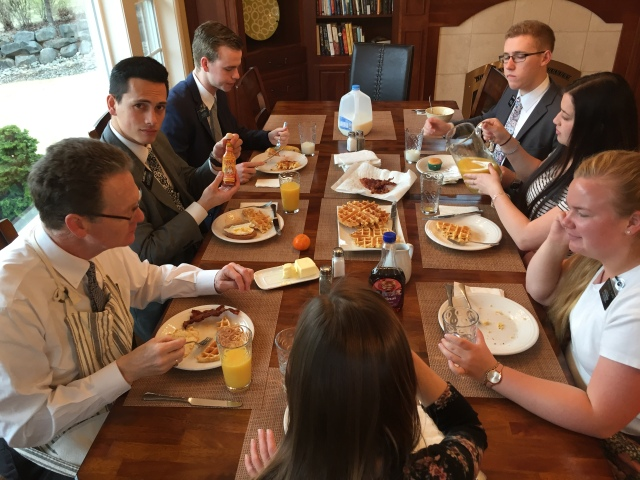 2017-3-15 Breakfast, Orientation (1)