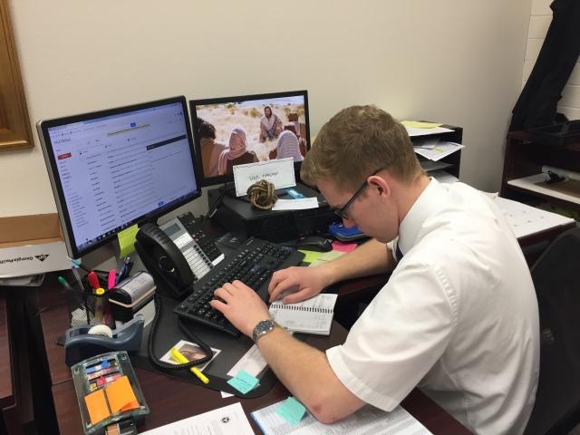 2017-4-10 Monday Office (32)