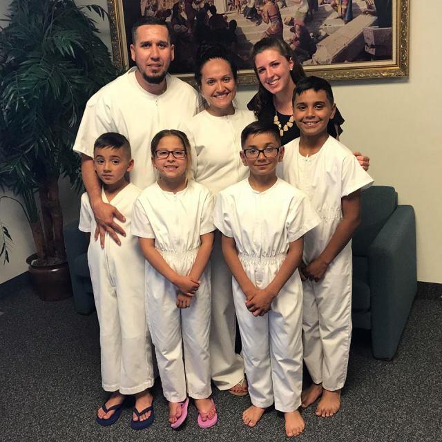 2017-6-11 Selah Baptism (17)