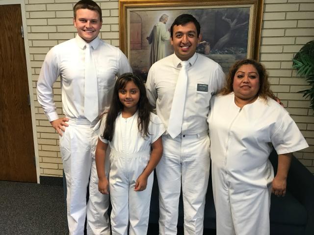 2017-7-15 zOrtiz Baptism Selah (10)