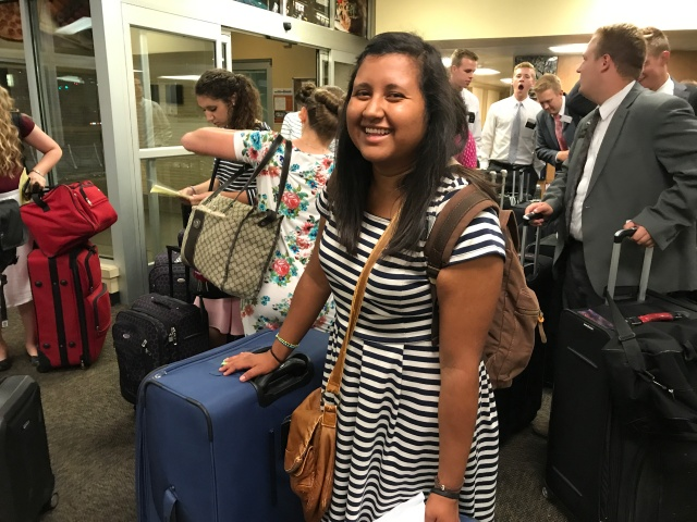 2017-7-18 Departures and Arrivals (31)