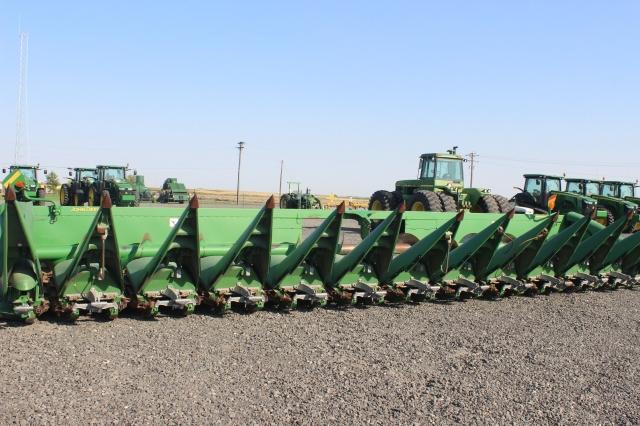6 Othello Tractors (5)