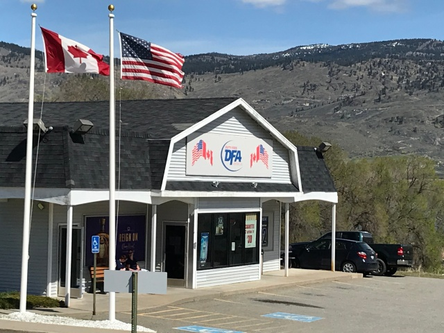 2018-4-22 z Canada Border (1)