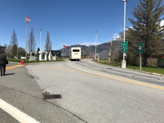 2018-4-22 z Canada Border (4)