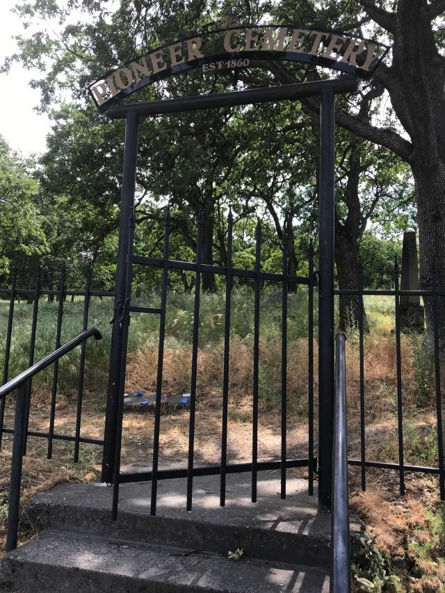 2018-5-20 Dalles z Pioneer Cemetery (1)