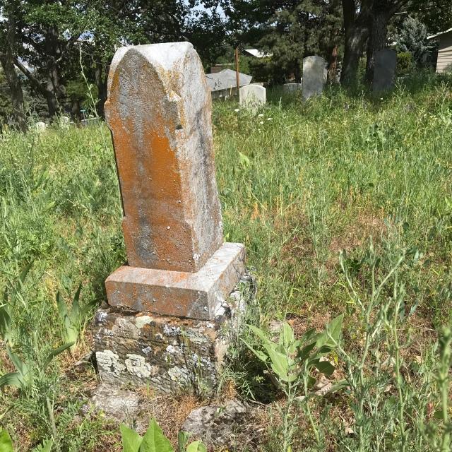 2018-5-20 Dalles z Pioneer Cemetery (12)