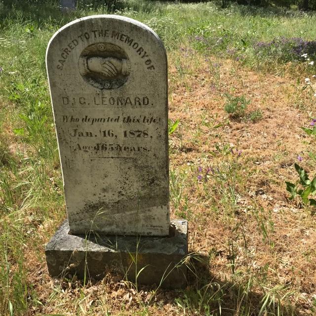 2018-5-20 Dalles z Pioneer Cemetery (15)