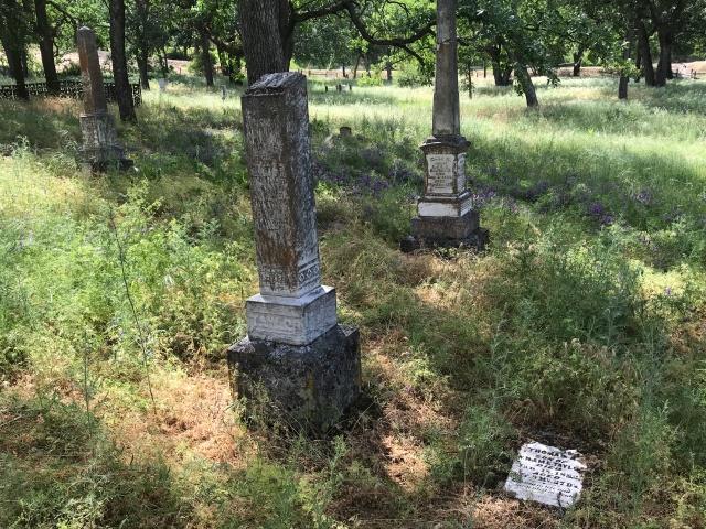 2018-5-20 Dalles z Pioneer Cemetery (18)