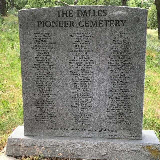 2018-5-20 Dalles z Pioneer Cemetery (52)